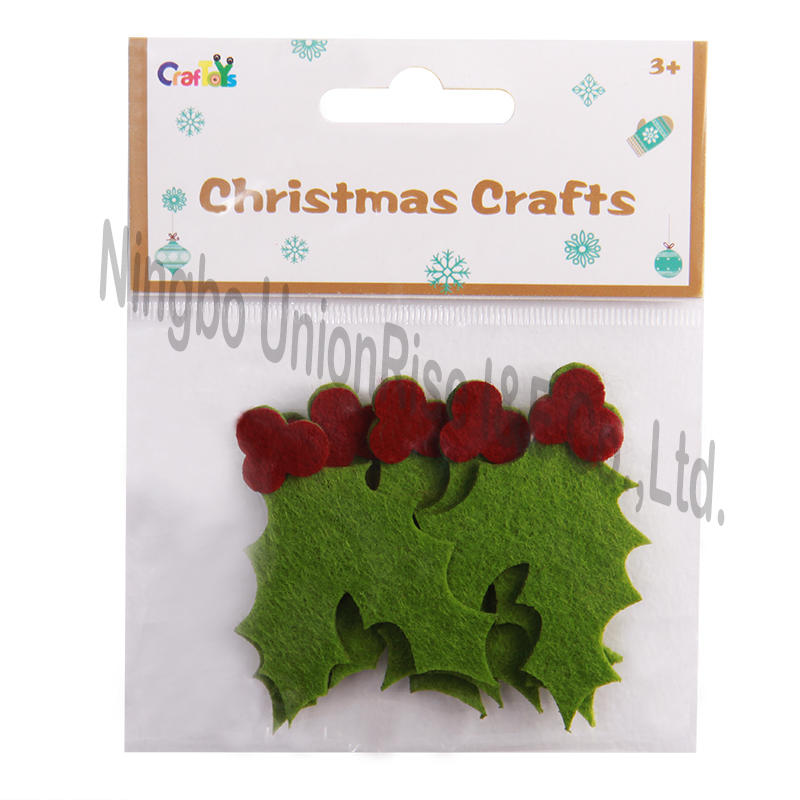Christmas Felt Crafts Holly Leaves