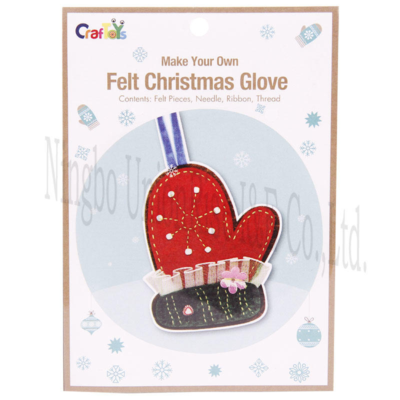 Make Your Own Felt Christmas Glove