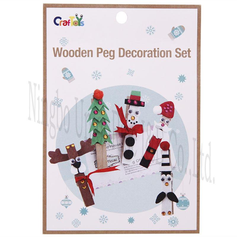 Wooden Peg Decoration Set